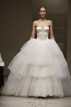 Corset Sheer Ball Gown http://brideandbreakfast.ph/2010/12/17/fashion-friday-reem-acra/ | Designer: Reem Acra