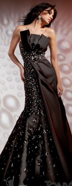 Tony Bowls- Via ~LadyLuxury~ J'adore!!' I love the cut of the dress and the colour is sublime.
