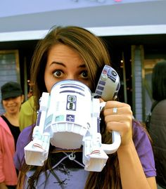 I'm pretty sure my man would give a kidney for this R2-D2 Mug. Or at least his left index finger.