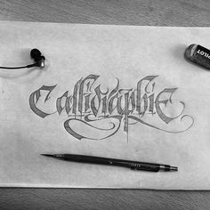 Calligraphie #calligraphy #lettering #art #gothic #blackletter #fraktur #type #textura #typography #script #dailytype #typedaily #design #typographyinspired #letters #goodtype #sketch #scriptlettering #drawing #handlettering #pencil