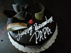 Happy Birhday Papa 😊 Happy Birthday Papa Cake, Happy Birthday Love Quotes, Friend Birthday Quotes, Happy Birthday Wishes, Birthday Bash, Birthday Gifts, Bithday Cake, Dad Cake, Birthday Centerpieces