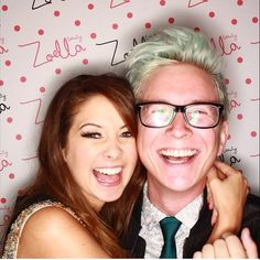 Zoe Sugg and Tyler Oakley at the Zoella Beauty launch. I want friendship like theirs wait no I want them as my best friends . Shipping zyler soooo much!