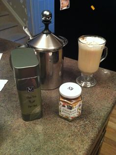 Epicures chai tea latte! The Chai, Tea Latte, French Press, Coffee Maker, Spices, Yummy Food, Drinks, Coffee Maker Machine, Drinking