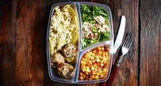 We're kicking off September with a budget-friendly meal prep with a total of 700 Calories and a satiating 70g of protein to shed that Summer weight-gain!