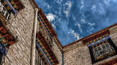 https://flic.kr/p/JXCf3Y | Tibet, traditional residential architecture (Lhasa, China), 06-2016, 02 (Vlad Meytin, vladsm.com)