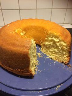 Κέικ αφράτο πεντανόστιμο !!! ~ ΜΑΓΕΙΡΙΚΗ ΚΑΙ ΣΥΝΤΑΓΕΣ 2 Lava Cake Recipes, Lava Cakes, Cheesecake Cake, Brownie Cake, Kitchen Recipes, Cooking Recipes, Cooking Stuff, Quick Cake, Cinnamon Cake
