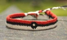 12 Geekiest DIY Friendship Bracelets | I didn't think I would find this as awesome as I did hahaha