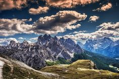 Mountainscape - The Dolomites Mountain Wallpaper, Sunset Wallpaper, Tickets To Italy, Central Europe, Picture Design, Nice View, Italy Travel, Beautiful Places, Places To Visit