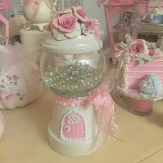 A Candy Jar for any Occasion - Made from Clay Pots Flower Pot Crafts, Clay Pot Crafts, Diy Clay, Flower Pots, Diy And Crafts, Arts And Crafts, Tree Crafts, Valentines Presents, Valentines Diy