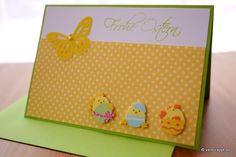 Osterkarte-Ostern-Karte-Osterküken-Küken-drei-Schmetterling-gelb-Ei-geschlüft-Eierschale-niedlich-Stanzteile-weiß-Perlen-Nest-Frohe-Ostern-Punkte-Eier-grüner-Umschlag
