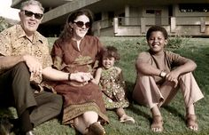 Stanley Dunham, Stanley Ann, Maya and Barack Obama in Hawaii in the early 1970s.