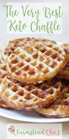 The BEST Chaffle Recipe! - Keto Waffle Bread The BEST Chaffle Recipe! This Keto Chaffle is tasty without being too eggy or cheesy, firm enough to hold all of your toppings and crispy, not soggy. The perfect keto bread substitute! Breakfast Waffles, Sweet Breakfast, Low Carb Breakfast, Keto Pancakes, Breakfast Recipes, Recipes Dinner, Breakfast Ideas, Keto Biscuits, Diabetic Breakfast
