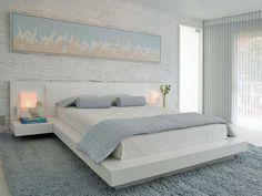 hellblau Schlafzimmer Natursteinwand weiße Farbe Bild