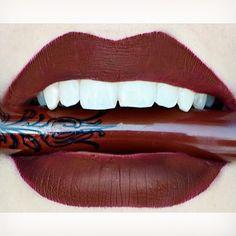 Kat von D Everlasting Love Liquid Lipstick :: VAMPIRA