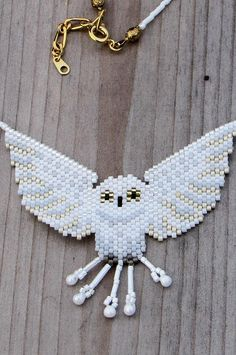 White Owl Bead-Woven Necklace - Seed Bead Necklace - White and Gold Choker Length Beaded Necklace Seed Bead Necklace, Seed Bead Jewelry, Beaded Earrings, Seed Beads, Beaded Bracelets, Owl Necklace, Seed Bead Patterns, Beaded Jewelry Patterns, Beading Patterns