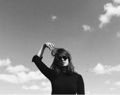 Photography Poses, Art Drawings, Grunge, Lens, Wanderlust, Wallpapers, Models, Black And White, Unique