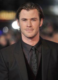 """Chris Hemsworth <3 2013 10/22 """"Thor: The Dark World"""" World Premiere"""