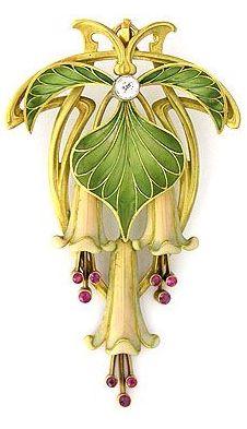 Art Nouveau Brooch or Pendant c.1895-1910 Enamel, Rubies & a Diamond in Gold