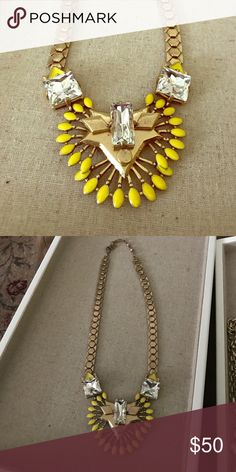 Stella & Dot Norah Pendant Gorgeous gold and yellow statement necklace from Stella & Dot! Stella & Dot Jewelry Necklaces