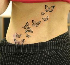 De part sa vie très courte, le papillon est aussi un symbole de l'éphémérité et de superficialité. Mais cela n'est pas forcément négatif. En effet il peut servir à exprimer la légèreté de la vie et la liberté, ou le fait de devoir vivre chaque instant de la vie comme si c'était le dernier.