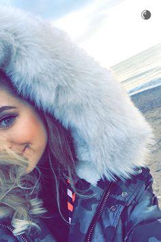 Snapchat #ZoeSugg #Zoella
