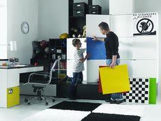 Colecția Young Users de la VOX e ușor de personalizat. Alegeți culorile preferate, care umplu camera de energie!