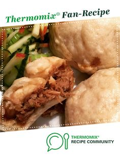 Recipe Leftover Pork Steamed Buns by Catski, learn to make this recipe easily in your kitchen machine and discover other Thermomix recipes in Main dishes - others. Pork Steam Buns Recipe, Bun Recipe, Ginger Pork, Leftover Pork, Steamed Buns, Recipe Community, Other Recipes, Pulled Pork, Main Dishes