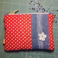 VINTAGE STYLE RETRO DOTTY POLKA DOT OILCLOTH LADIES CLUTCH WALLET NEW WITH TAGS