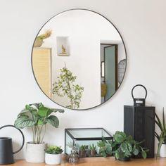 Miroir en métal noir Lampe Bauhaus, Black Metal, Parsons Green, Unique Mirrors, Metal Mirror, Kids Bedroom, Oversized Mirror, Sweet Home, New Homes