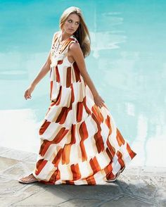 Chic Dresses For The Summer – Latest Trend Fashionable Styles For Women Summer Gowns, Pool Party Outfits, Chic Dress, Latest Trends, Glamour, Stylish, Fruity Cocktails, Pool Parties, Women