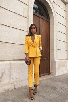 Worn by Trend Trendy Outfits Clothes Style Trajes Business Casual, Business Casual Outfits, Classy Outfits, Trendy Outfits, Yellow Fashion, Suit Fashion, Work Fashion, Fashion Looks, Fashion Outfits