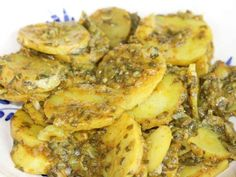 Maharashtrian Aloo Bhujne is a simple Maharashtrian style Potato Stir Fry. Serve the Maharashtrian Aloo Bhujne along with Dal Tadka, Steamed Rice and Phulkas. Veg Recipes, Potato Recipes, Indian Food Recipes, Vegetarian Recipes, Paneer Recipes, Curry Recipes, Dried Vegetables, Veggies, Maharashtrian Recipes