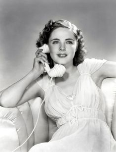 """Kay Aldridge, born Katharine Gratton Aldridge on 7/9/17 in Tallahassee, FL. Died on 1/12/95 of a heart attack. An Actress and Model from 1937 to 1945. She was best known for playing feisty and imperiled heroines. One notable role was as Nyoka Gordon in """"Perils of Nyoka"""", 1942. She was married three times with four children!"""