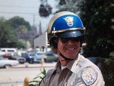 Larry Wilcox, Chips Series, California Highway Patrol, 70s Tv Shows, Cop Show, Police Uniforms, Chevrolet Trucks, Disney Pictures, Cute Guys