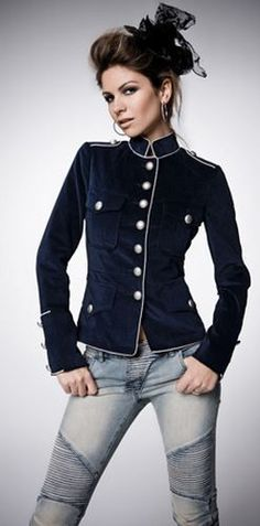 military jackets, so cute!!                                                                                                                                                                                 Más
