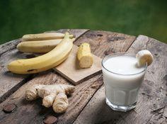 Greek Goddess Banana Oat Protein Smoothie - All Nutribullet Recipes Smoothies Banane, Tea Smoothies, Healthy Smoothies, Healthy Drinks, Smoothie Recipes For Kids, Smoothies For Kids, Foods That Have Fiber, Anti Bloat Smoothie, Recipes