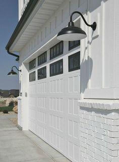 Modern farmhouse exterior design ideas (52)