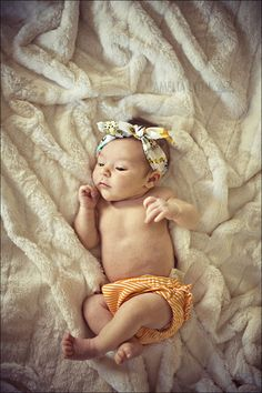 Now that is my kind of baby bow