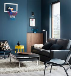 Een stijlvolle woonkamer vol comfort met de KIVIK bank. #IKEA