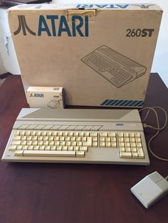 Old Technology, Technology Gadgets, Home Computer, Computer Keyboard, Atari Video Games, Old Computers, Something Old, Old Toys, Programming