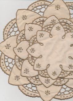 """Set of 4 beautiful """"As New"""" vintage linen embroidered doilies- differing sizes by TheBusyTipsyGipsy on Etsy"""