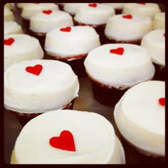Cute!  Tiny hearts - Sprinkles Cupcakes