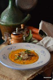 Siamo ufficialmente entrati nell'autunno, adoro i sapori di questo periodo e le calde e confortanti zuppe sono tra i miei piatti preferiti....