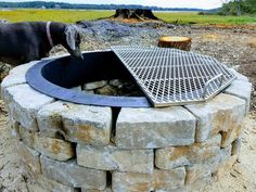 Fire Pit Grate, Diy Fire Pit, Fire Pit Backyard, Backyard Patio, Backyard Landscaping, Fire Pit Bbq, Fire Pit With Grill, Backyard Seating, Fire Pit For Cooking