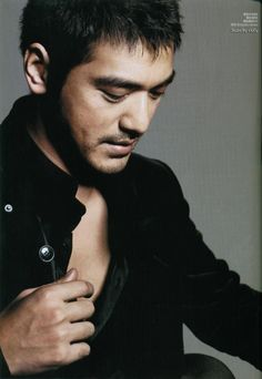 Photo by Sylvia Liang House Of Flying Daggers, Takeshi Kaneshiro, Acting Skills, Blind Dates, Face Reference, Asian Actors, Asian Style, His Eyes, Lgbt