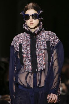 Sacai Fall 2017 Ready-to-Wear Accessories Photos - Vogue