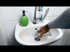 Solve it yourself without a plumber – Page 2 Diy Cleaning Products, Cleaning Hacks, Diy Bathroom Cleaner, Unclog Sink, Water Boiler, Bra Hacks, Making Life Easier, Home Hacks, Good Advice