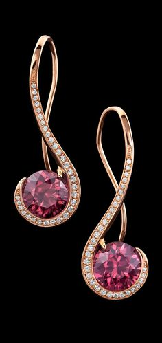 These sweet earrings display a pair of rose zircons, accented by carats of diamond pavé, set in 14 karat rose gold. Rose Gold Jewelry, I Love Jewelry, Modern Jewelry, Body Jewelry, Jewelry Art, Diamond Jewelry, Jewelry Design, Fashion Jewelry, Gold Chains For Men