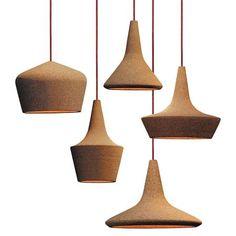 Deze kurken lampen van Trevisani zijn aan de prijs. Ca. 300 euro per stuk.