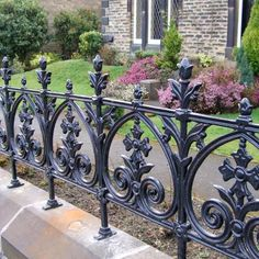 A cast iron pedestrian gate, ideal for public buildings, parks, commercial developments and private homes. Cast Iron Fence, Iron Railings Outdoor, Wrought Iron Fence Panels, Balcony Railing Design, Front Porch Decorating, Fence Design, Wrought Iron Railing, Iron Fence, Grill Design